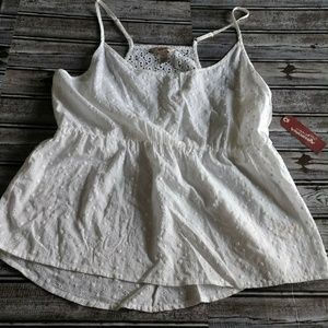 NWT WHITE XL top (D237)